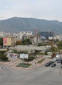 MIZ Mostar: Nezakonito korištenje zemljišta iza robne kuće HIT
