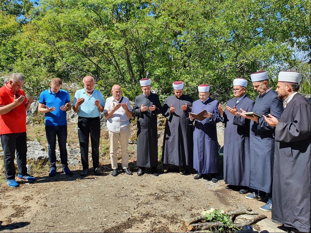 Video: Posjeta mjestima stradanja i zajednička izjava za javnost muftije Dedovića i episkopa Dimitrija